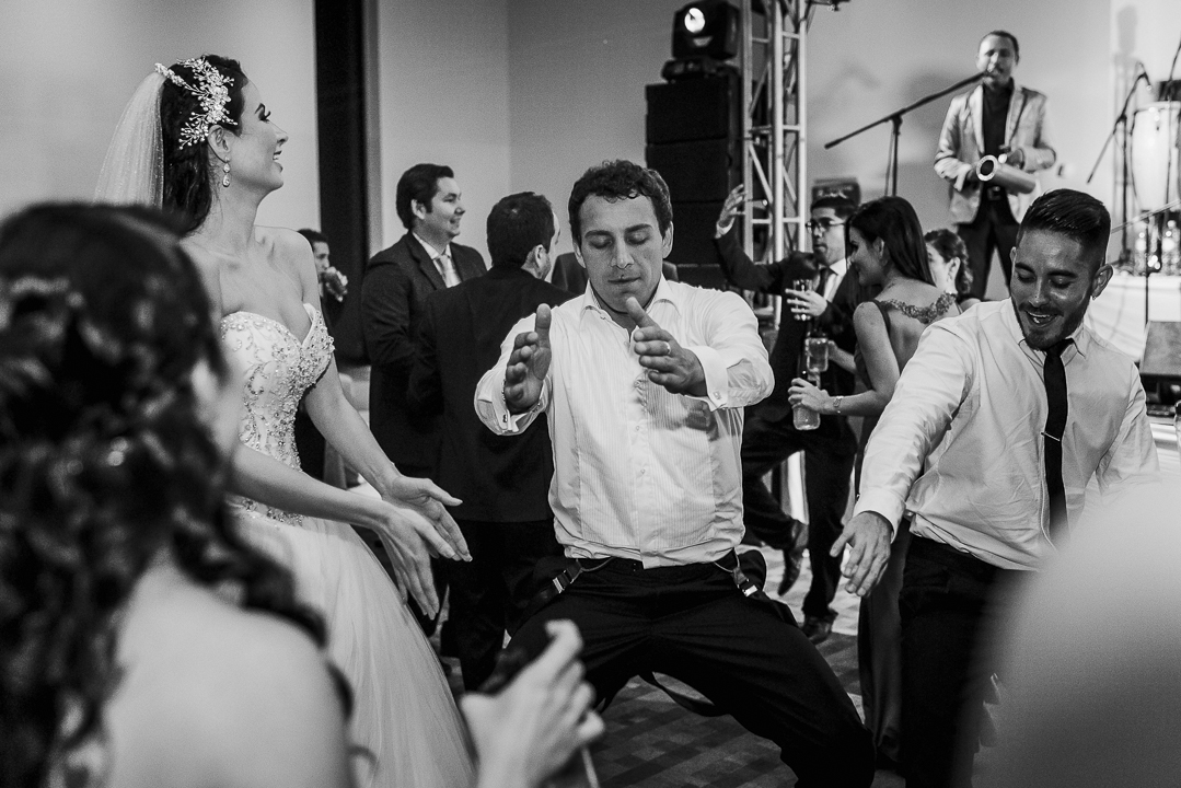 documentary wedding photographer in mazatlan fotografia documental de bodas