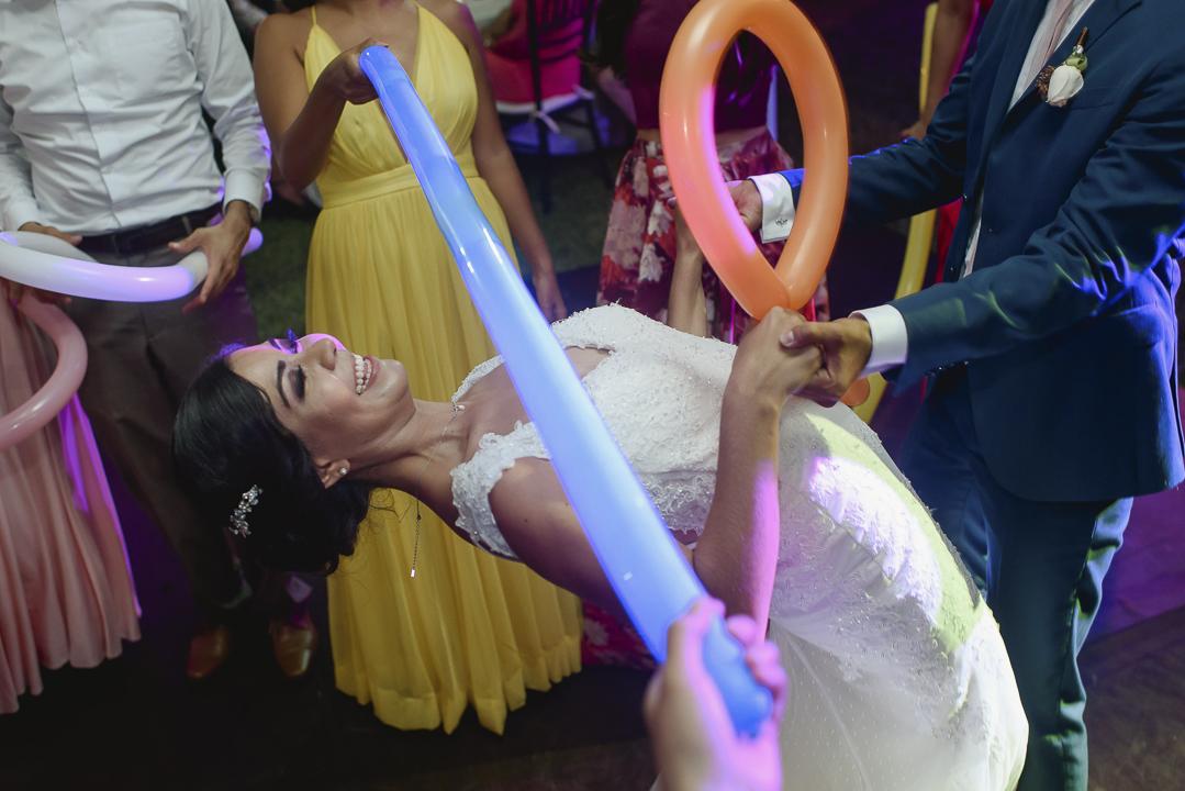 best documentary wedding photographer in mazatlan mexico fotografia documental de bodas fotografo en mexico wedding destination photographer guadalajara chihuahua cabo san lucas playa del carmen punta de mita san miguel de allende